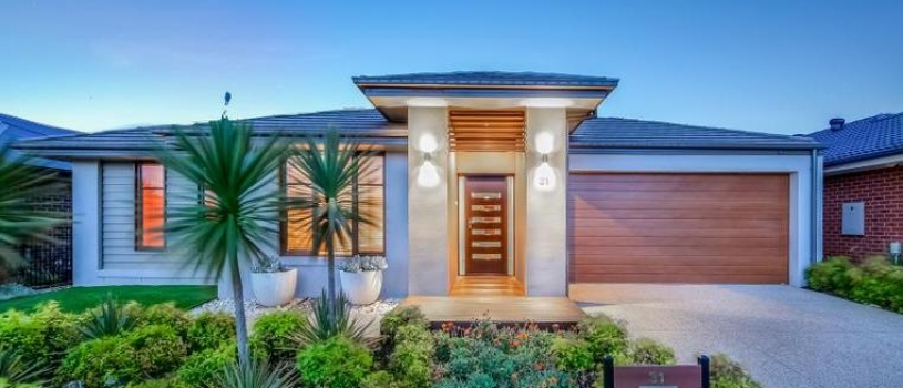 Melbourne notches strongest annual house price gains since 2010