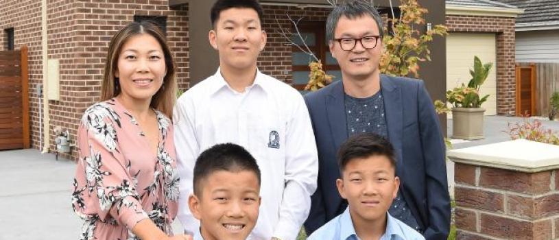 Melbourne's top school zones are earning six-figure premiums