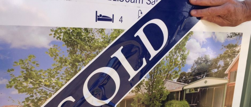 House prices rise, affordability expected to worsen despite property slowdown later this year: CBA