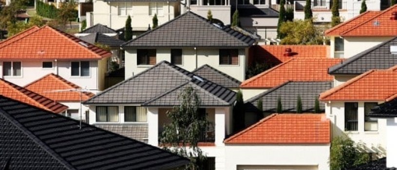 Sydney, Melbourne house sales slowed in 2017 on stock shortages, investor curbs